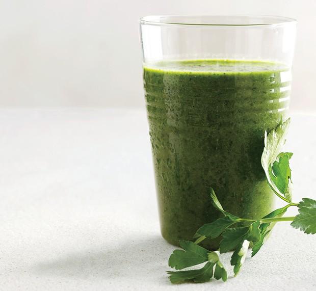 parsley-kale-berry-646-620x571